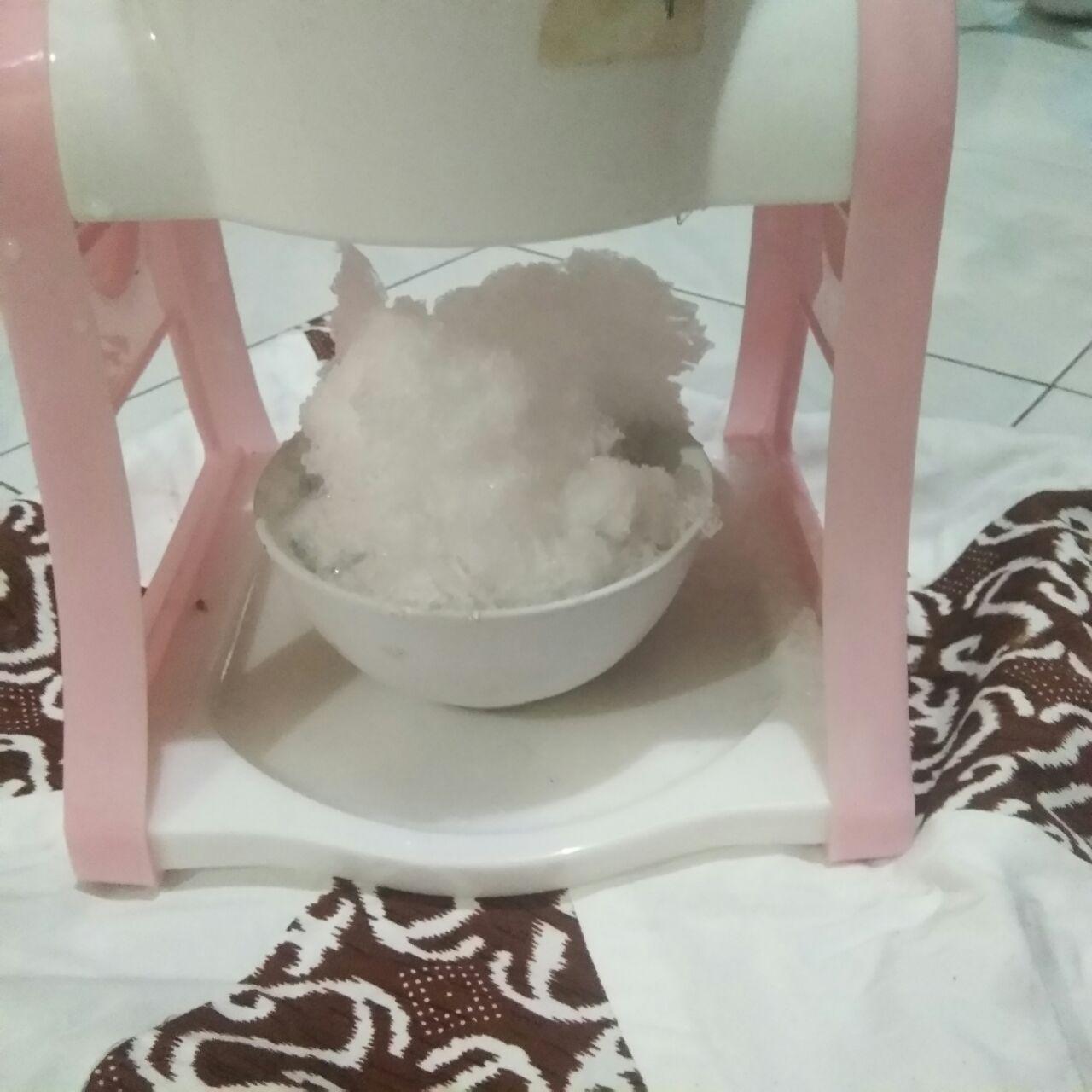 Legitnya selai skippy dengan es kepal
