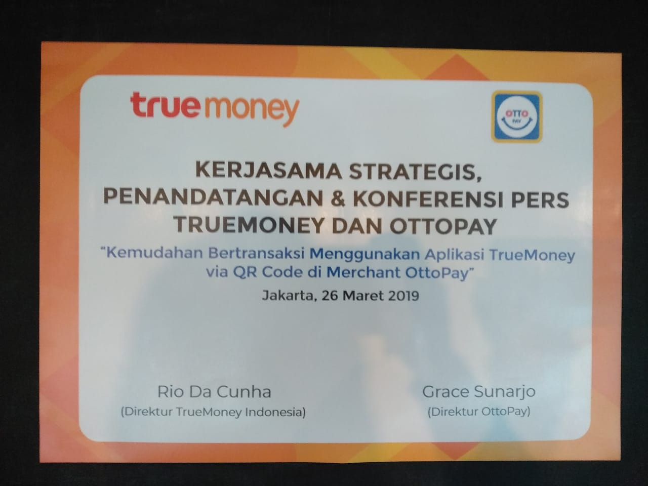 Aplikasi TrueMoney transaksi menggunakan QR Code di Merchant OttoPay.