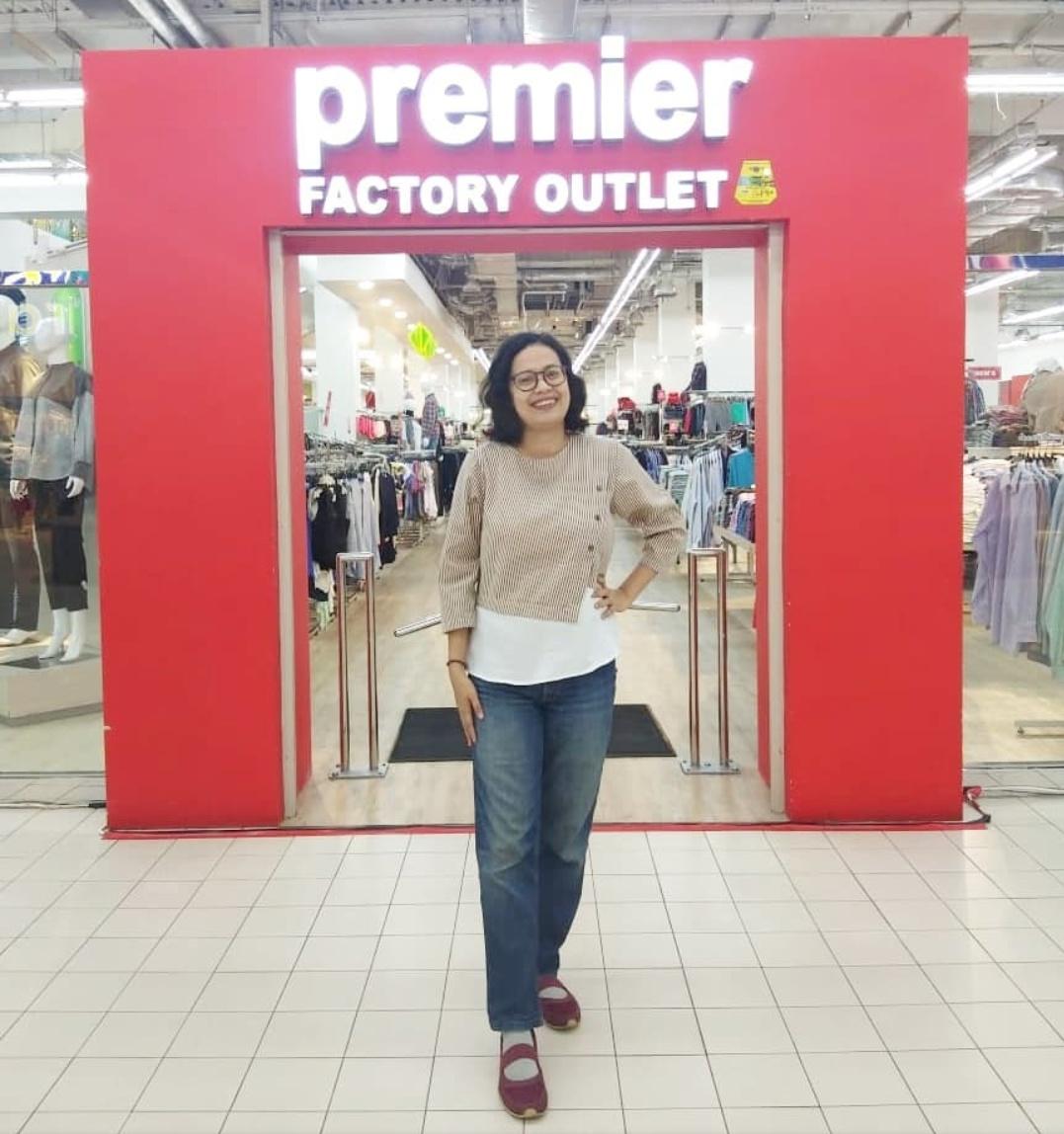 Baju branded murah di Premiere FO