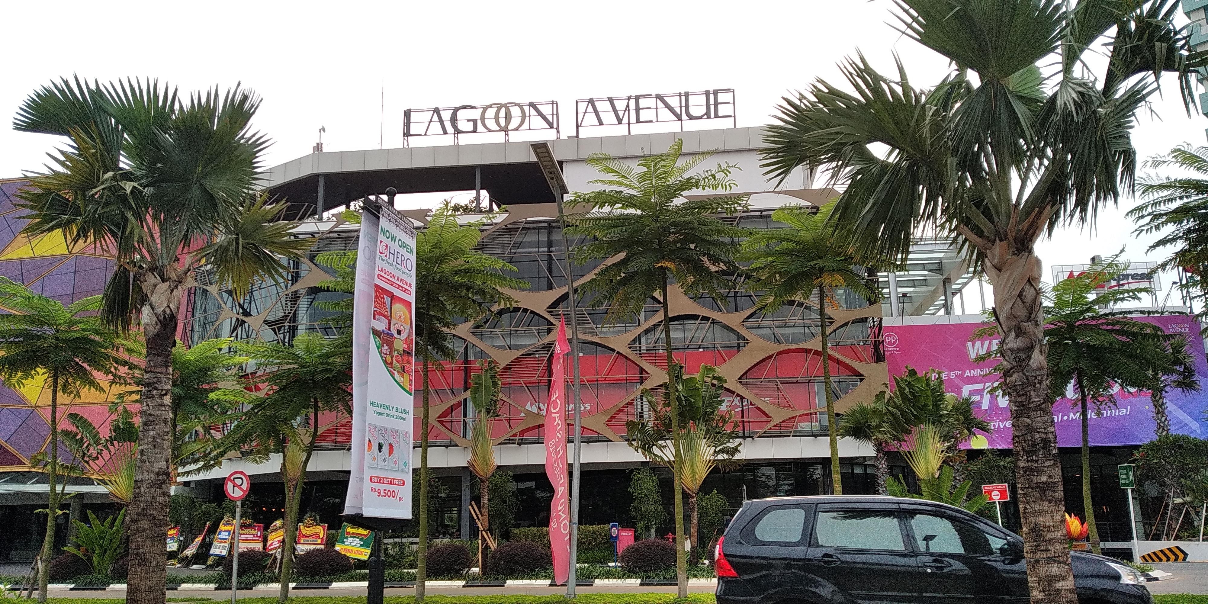 Hero Lagoon Avenue