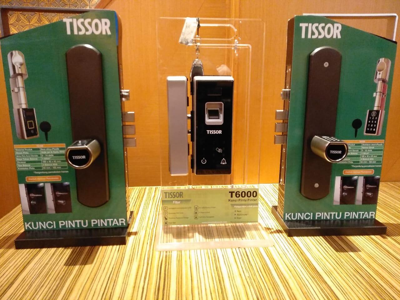 Tissor kunci pintu pintar digital.