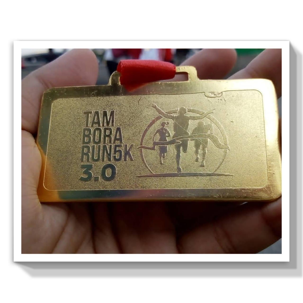 Medali emas di Tambora Run