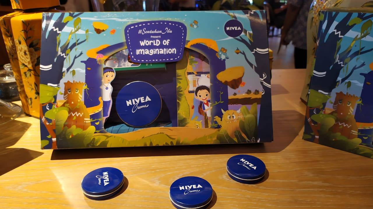 Paket yang didapat untuk pembelian tiket World of Imagination