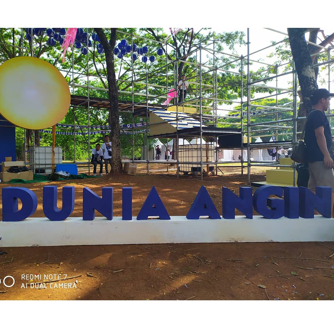 Dunia Angin World of Imagination