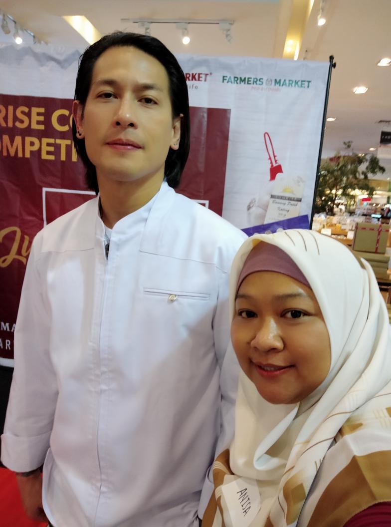 Lomba masak dengan juri Chef Juna