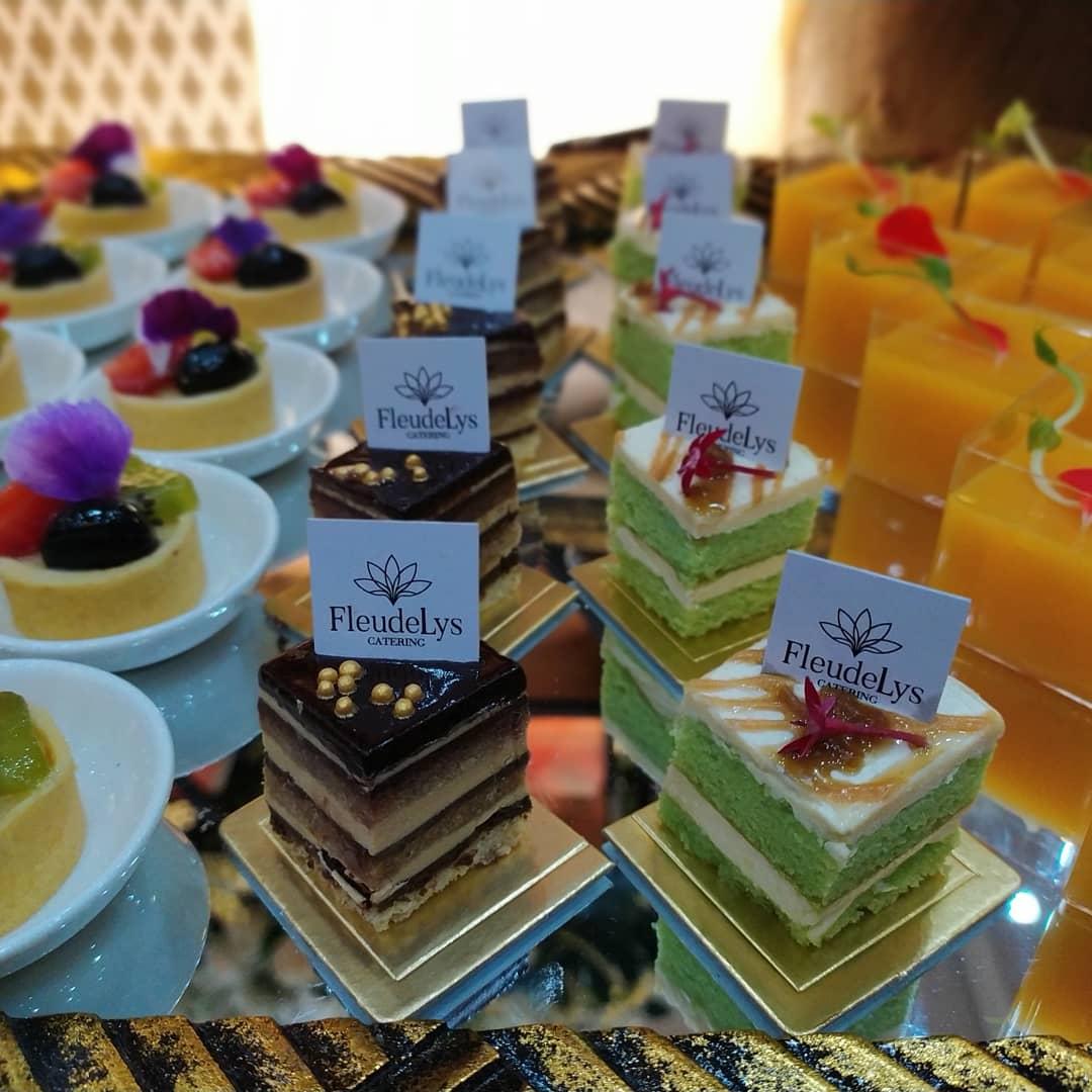 Aneka dessert dari Fleudelys Catering